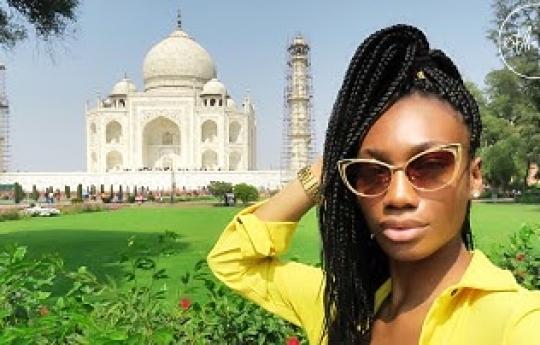 VLOG | (INDIA PT 1) PEOPLE STARE... ALOT! & TRIP TO THE TAJ MAHAL